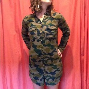 H&M Small Camo Button Up Shirt Dress